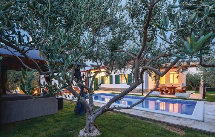 Kuća za odmor - Split-Solin, Hrvatska