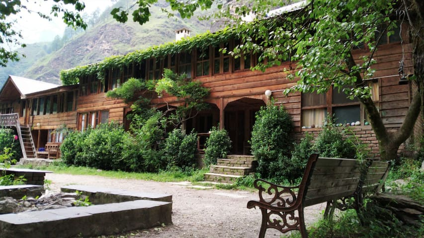 The Exotic Orchard House@ Tirthan Valley