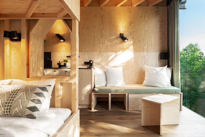 HUTSTUF - CABIN & private rooftop SAUNA- The Owl