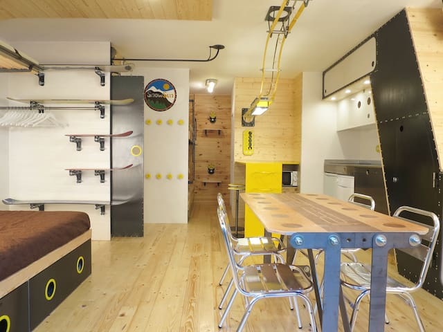 Modern studio 2/4 pers. Vall d'Incles, hut5663