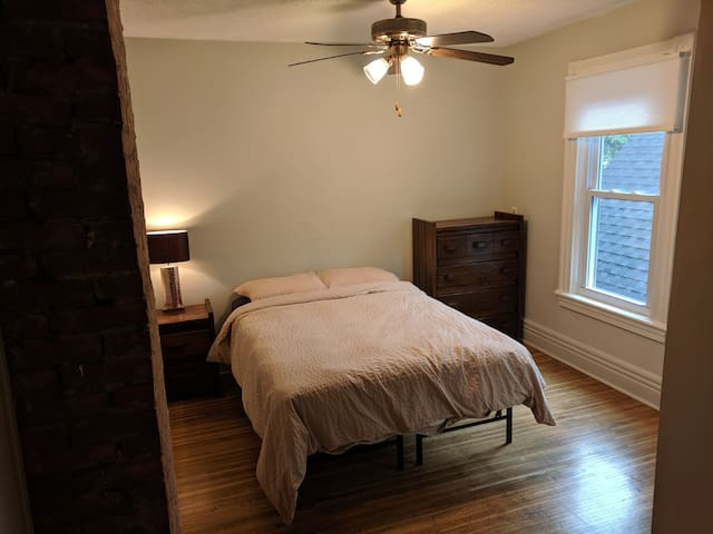 Bedroom in South Wedge!