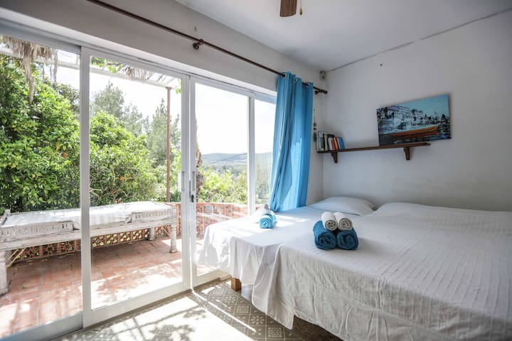 Sunny double room with terrace