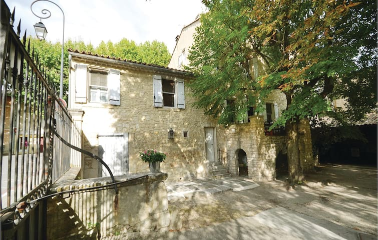 Holiday apartment with 1 bedroom on 45 m² in St Didier