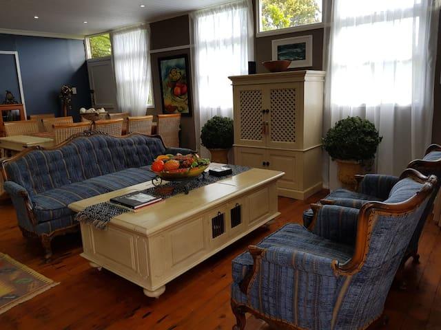L'Art Guesthouse