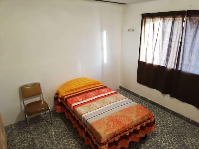 Habitación nueva. Céntrica. Tamaño: 11.40 m²