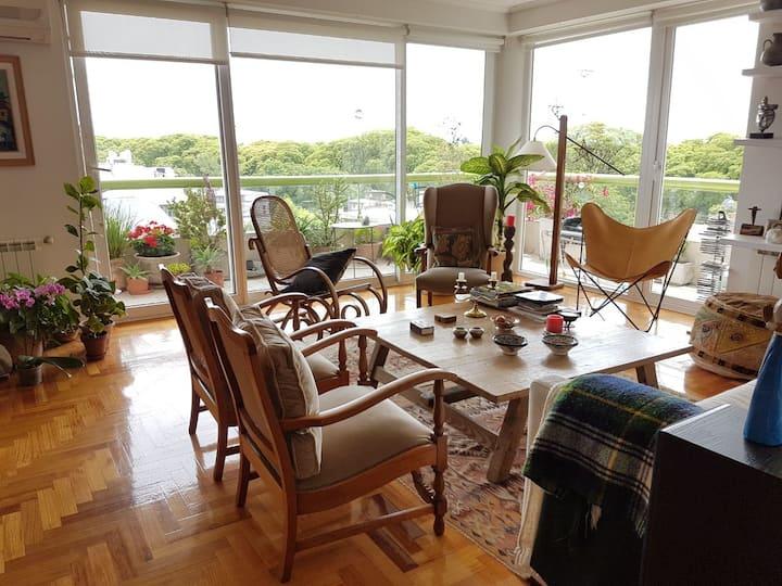 Habitación en suite con desayuno centro Acassuso