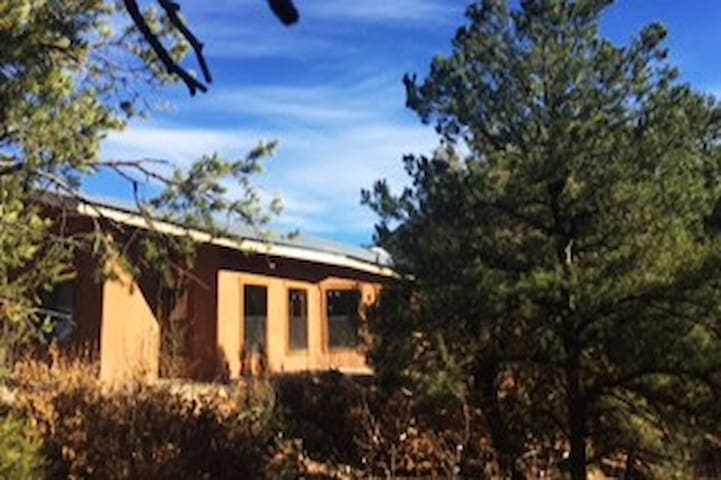 Delightful Jemez Springs Retreat - Jemez Springs - Ev