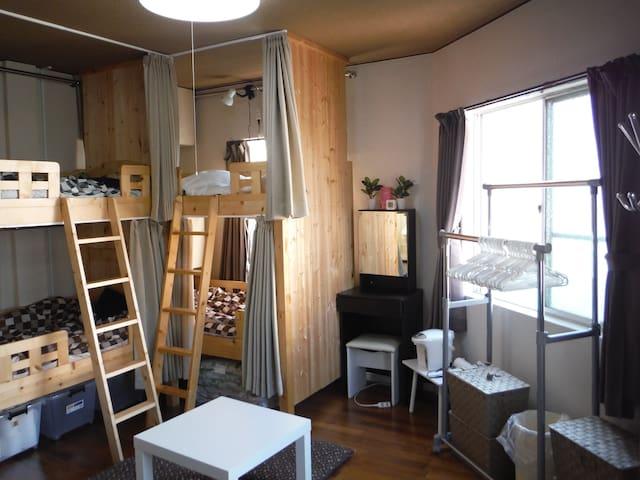 2F wooden cabin style share house, Shin-Osaka