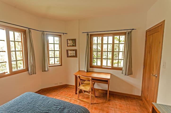 Guest room. Double bed. Ground floor.