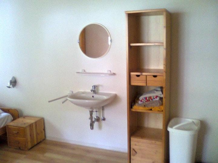AU 2 (accommodation unit 2)