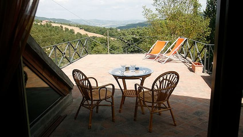 Honeymoon cottage + pool + tennis - Spedalicchio, Umbertide - Talo