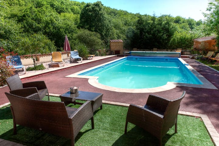 Large villa , heated swimmig pool, Dordogne/Lot - Souillac - 別荘