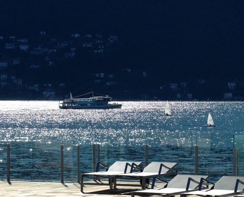 Lago Maggiore dalla piscina