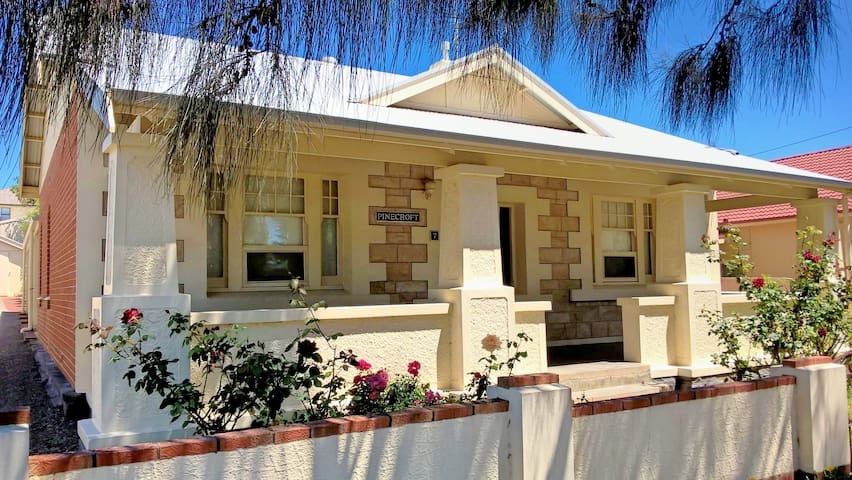 Pinecroft: Village lifestyle by the sea