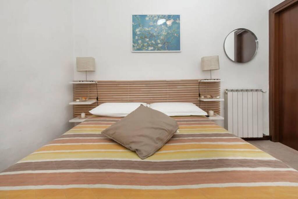 Stanza matrimoniale 1 / double bedroom 1