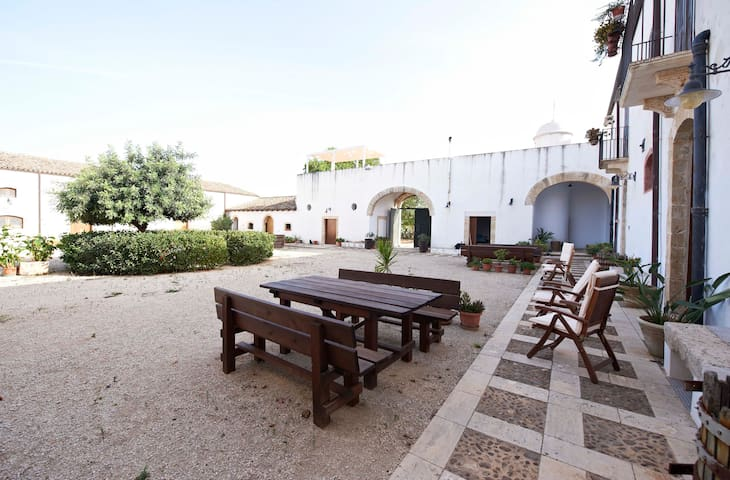 Sirio Apartment in old Farmhouse - Relaxing ☆☆☆☆☆ - Balestrate  - Apartemen