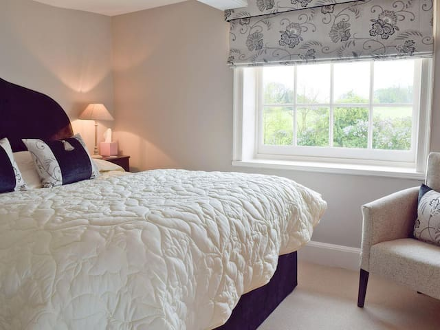 Bedroom Three with King Size Bed and ensuite bathroom