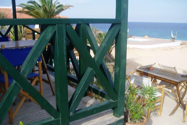 Bungalow frente al mar, tranquilo y muy bonito. - Formentera - Huoneisto