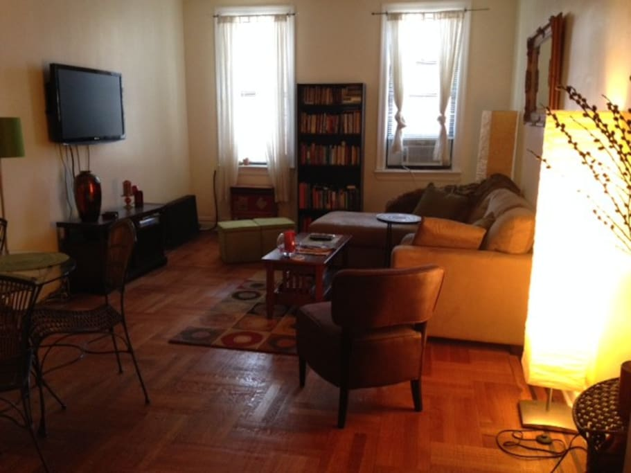 Living room w/ Direct TV