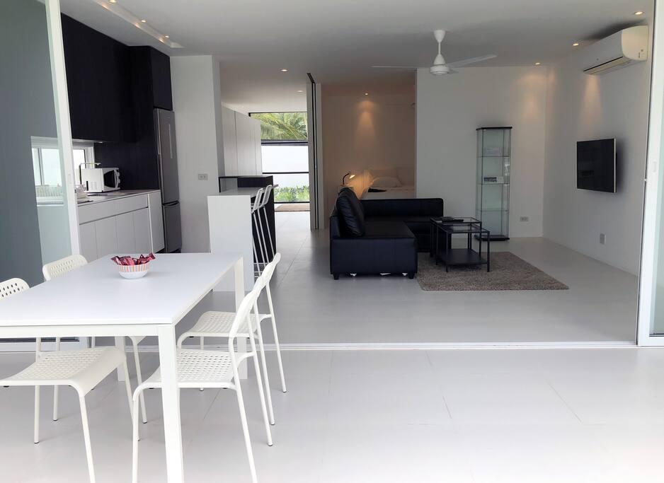 Terrace, kitchen and livingroom