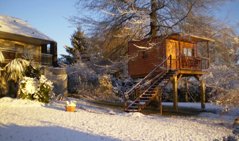 Belle cabane dans les arbres - Gan
