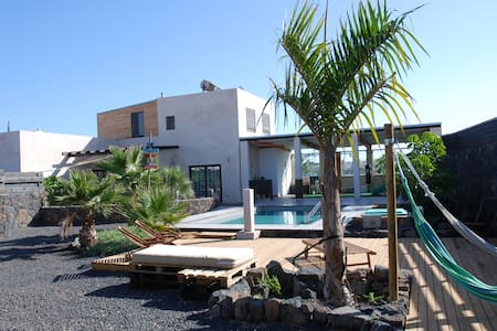 Black Rocks Villa - Lajares surf village - Lajares
