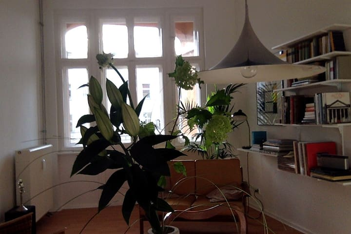 Spacious and bright apartment in Kreuzberg - Berlin - Apartemen