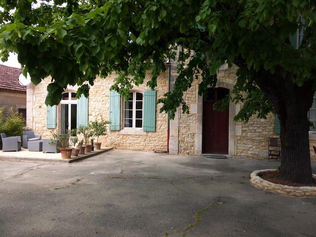 L'Olive  Ancienne école renovée - Orgnac-l'Aven - Huis