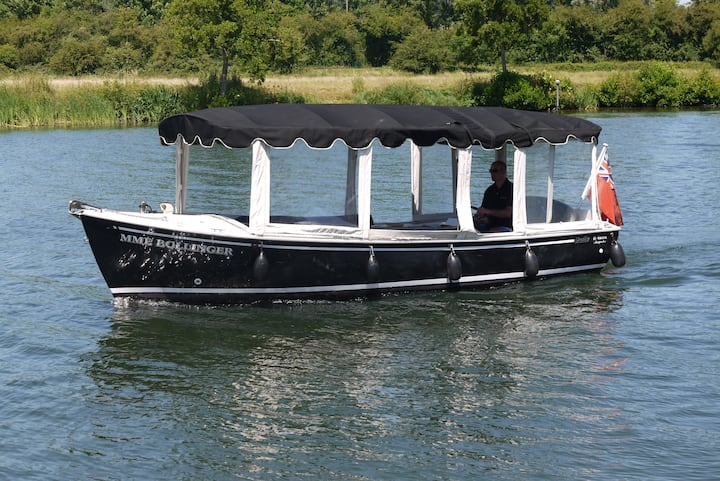 Mme Bollinger taking to the River Thames