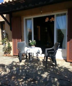 Studio avec jardin et parking privé - Bormes-les-Mimosas