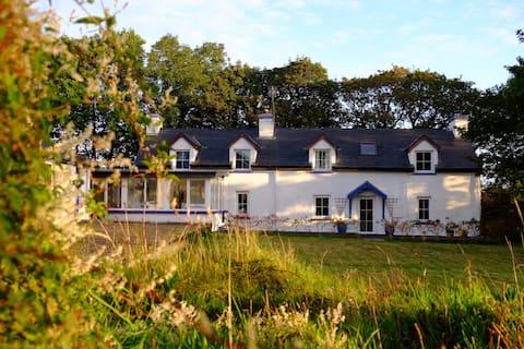 Das Stonemasons Cottage, Courtmacsherry.
