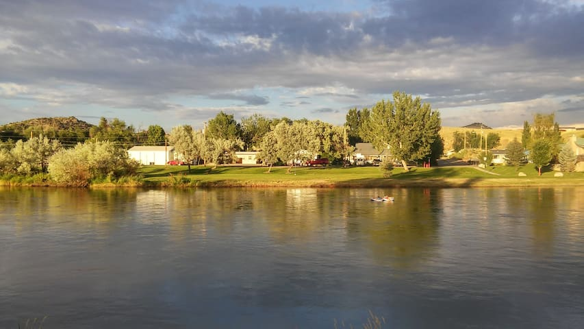 Thermopolis RiverView Suite & Hot Springs