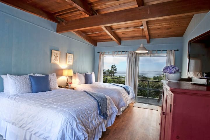 Ocean View Room - Mendocino - Little River
