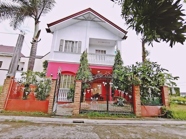 3 Bedroom 2 storey house in Casa Buena De Pulilan