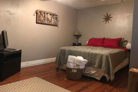 Beautiful upstairs bedroom. Pet Friendly.