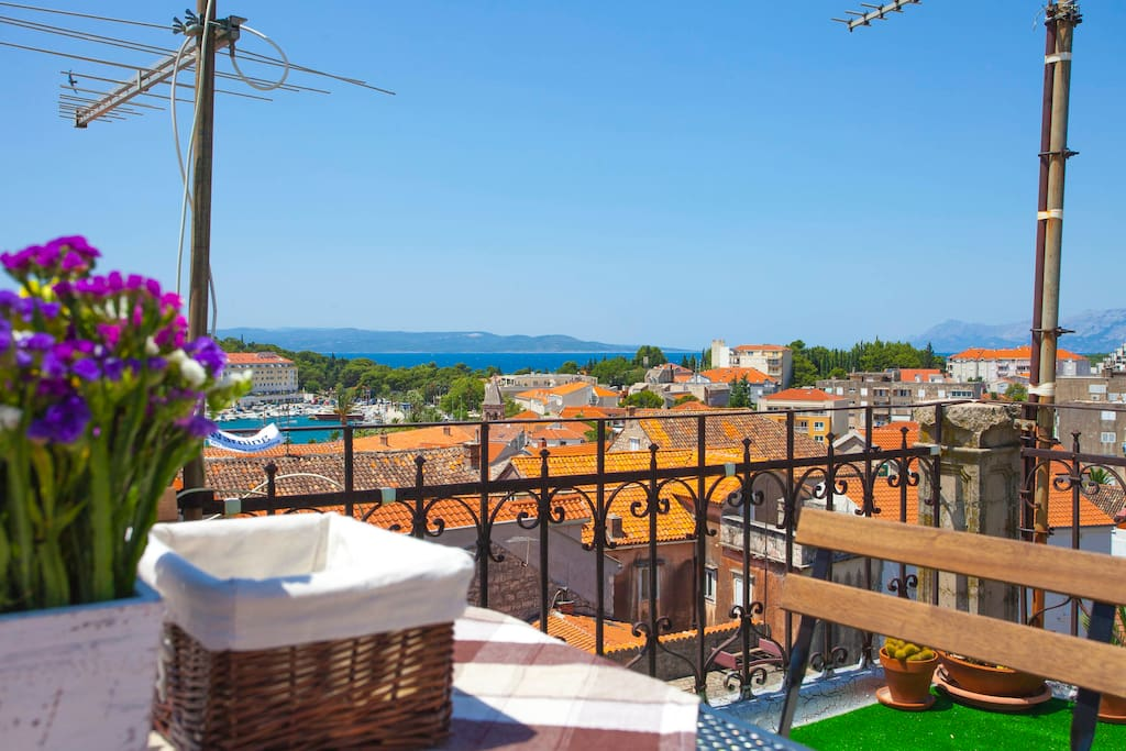 Secret roof-top terrace