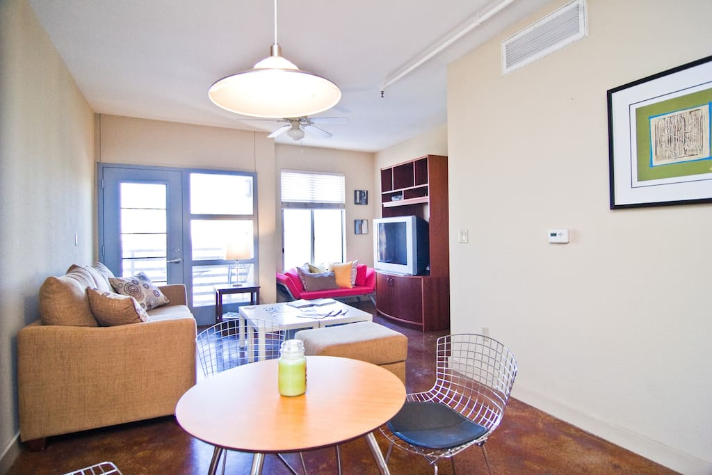 Simple 2 2 In Central Austin Apartments For Rent In Austin Texas United States