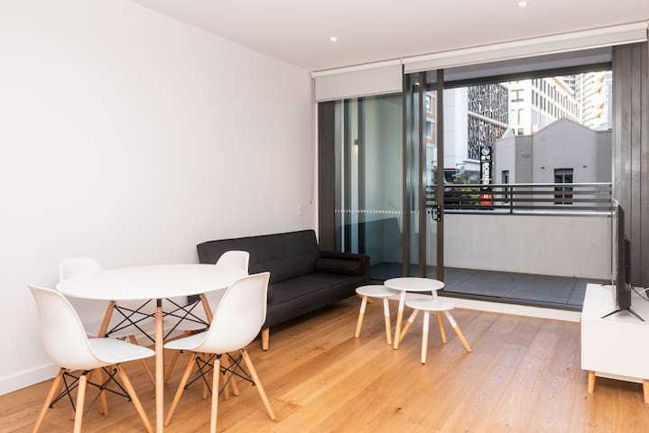 New Apartment in the Heart of Sydney