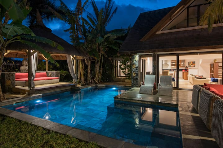Magnificent  Balinese Villa  in  GRAND-BAIE