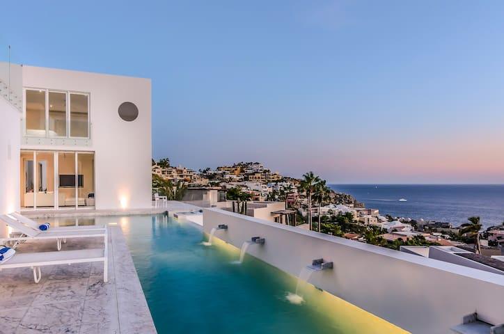 Villa Besame