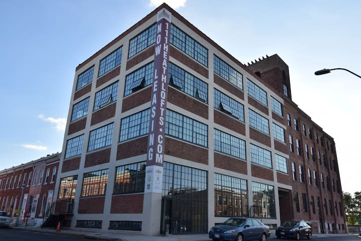 Industrial Chic One Bedroom in Federal Hill