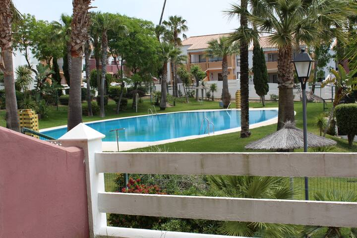 Apartment in La Barrosa with pool