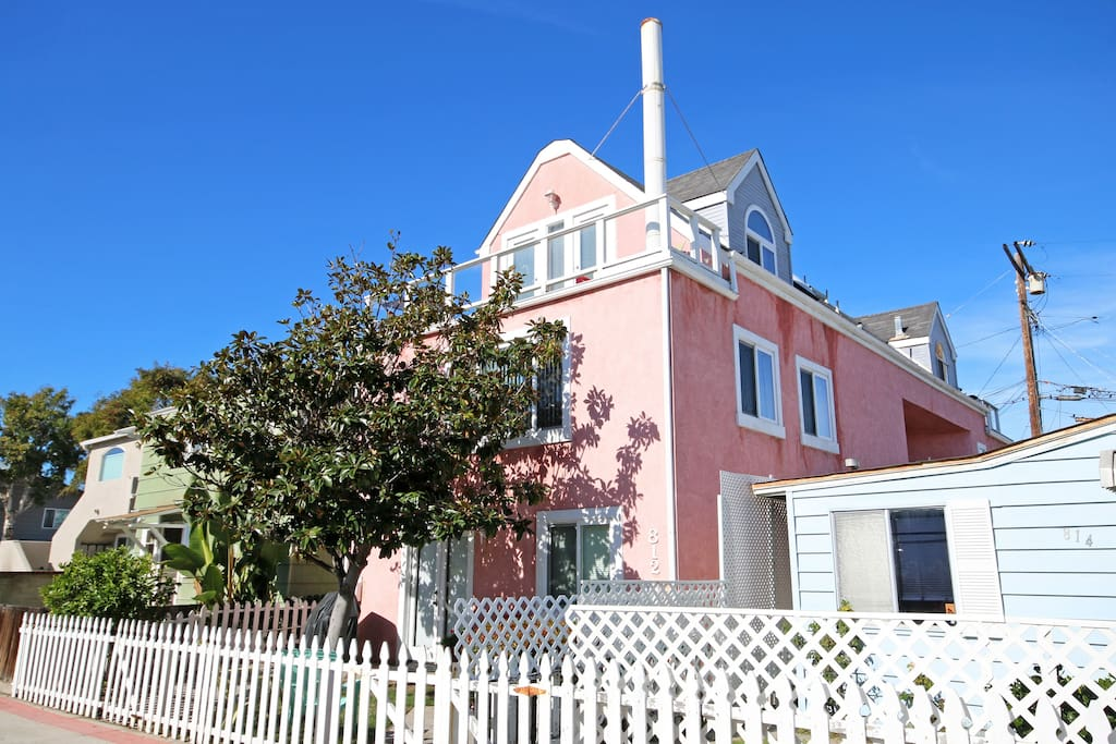 View of Casa Rosa, a 3 story beach vacation home in Mission Beach.