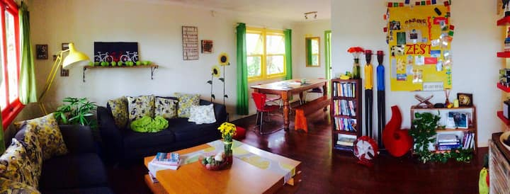 Bright & cheerful home near uni/hospital