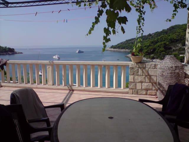 "#4 ""MARTHA"" Apt. & private huge terrace,sea view"