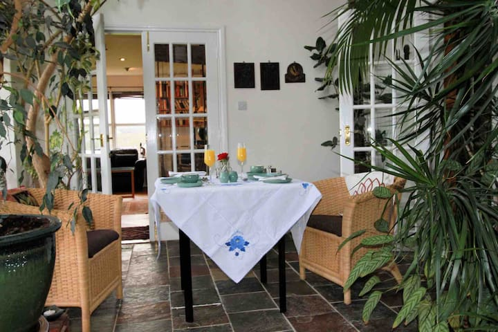 Breakfast is served in the conservatory. If you would like us to make you breakfast any morning during your stay please order it well in advance.