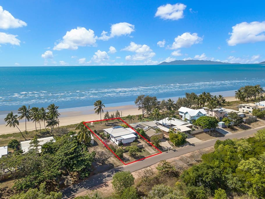 Views of Magnetic Island and Cape Pallarenda