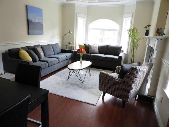 Four Lakes - 4 bedroom suite estuary/downtown