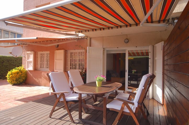 FANTASTIC TERRACE APARTMENT TOSSA - Tossa de Mar - Appartement
