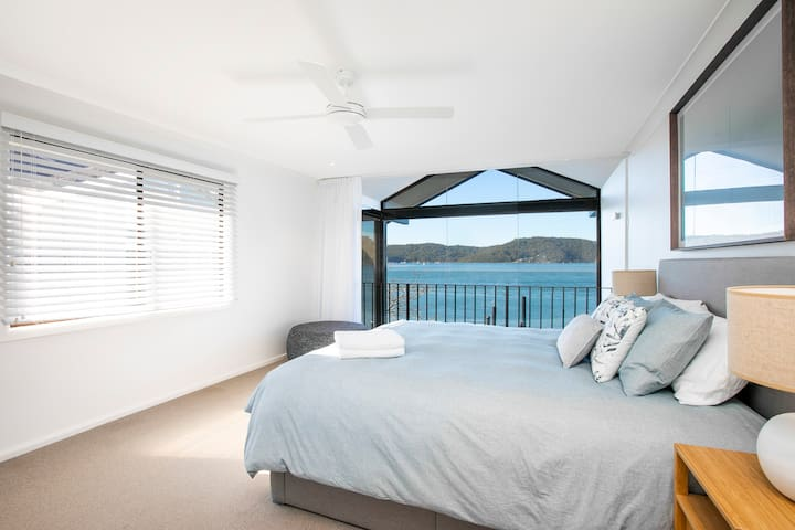 Lie ins have never been so indulgent with the magnificent picture window and amazing water views